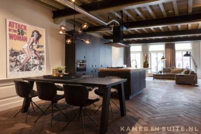 Open keuken met klassieke elementen
